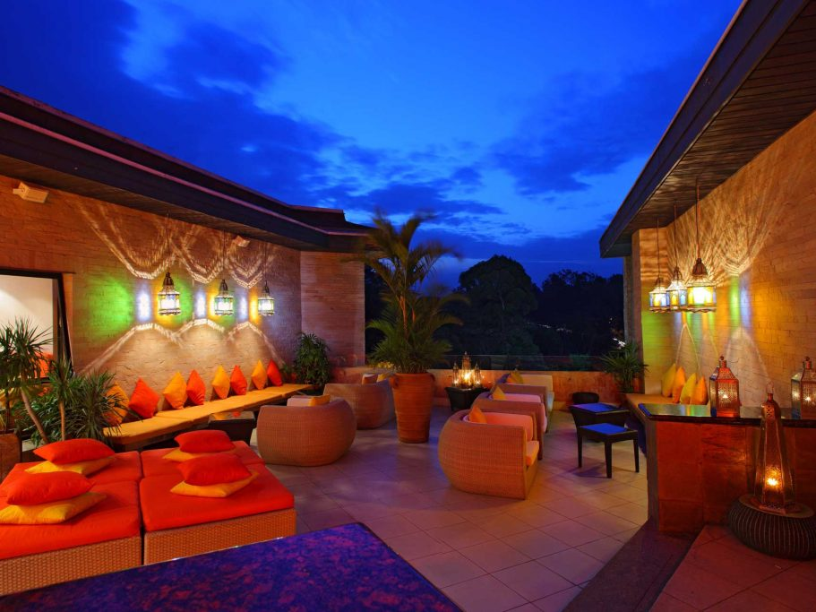 nest rooftop bar hotel nairobi 03